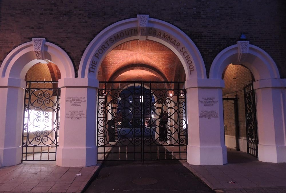 Portsmouth Grammar School – Arch entrance